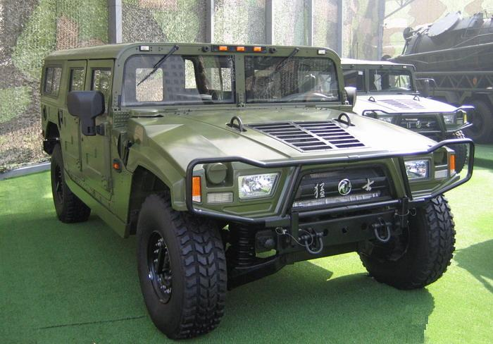 Dongfeng Military Car 4x4 EQ2050